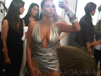kim+kardashian+fragrance+shoot Kim Kardashian To Release Second Fragrance In 2011