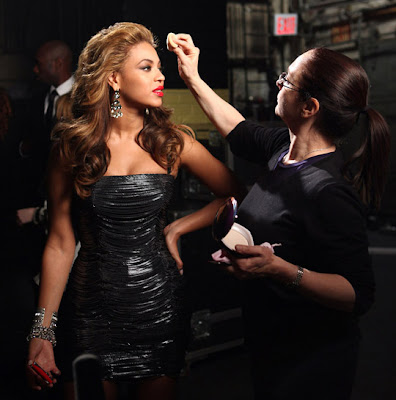 beyonce+infallible+lipcolor LOreal Infallible Stars Never Fail Lipcolour Giveaway!!!