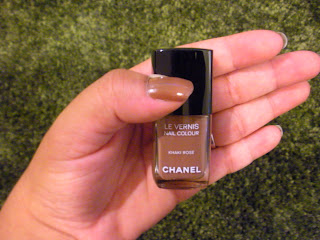  Les Khakis De Chanel Nail Polish