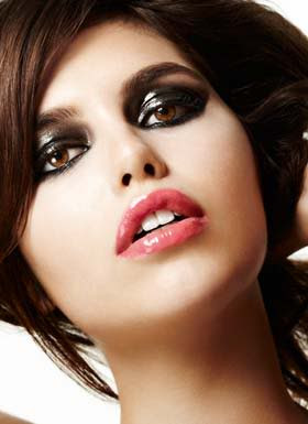 glossy+eye+shadow Makeup Mondays With Mario: Glossy Eye Makeup