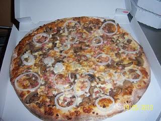 Pizza Suprema al Estilo Voy Volando