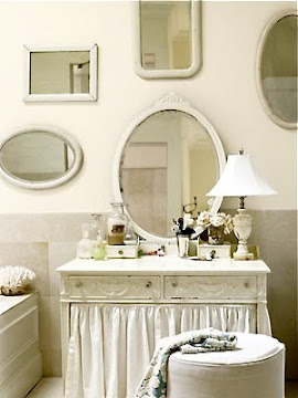 Great Idea For Vintage Mirrors!