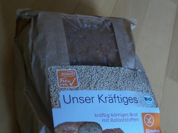 frisches glutenfreies Brot von Alnavit bei DM
