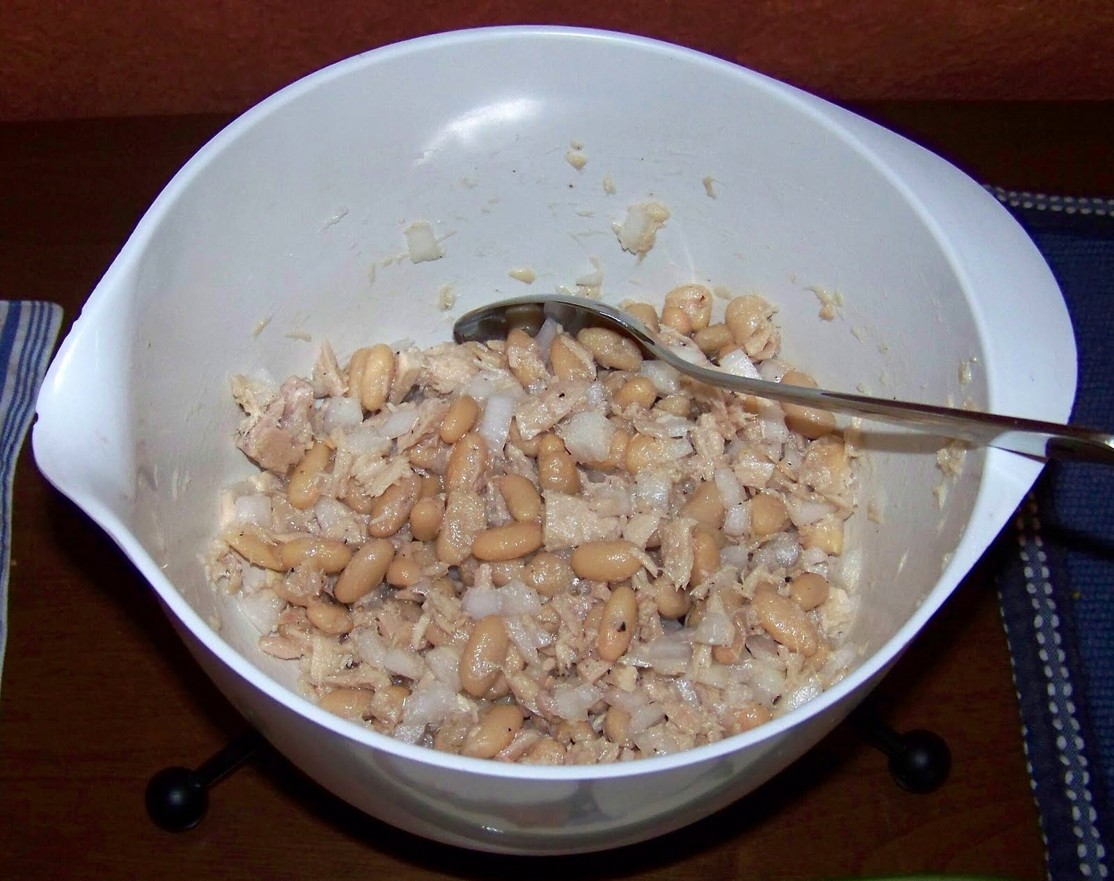 ... Cuisine: Dinner-Caprese Salad & Tuna Salad with Cannellini Beans