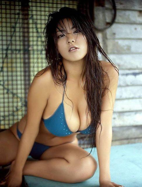 Harumi-Nemoto-Japanese-Sexy-Gravure-Big-Breasts-Busty-Idol-kogal-2.jpg