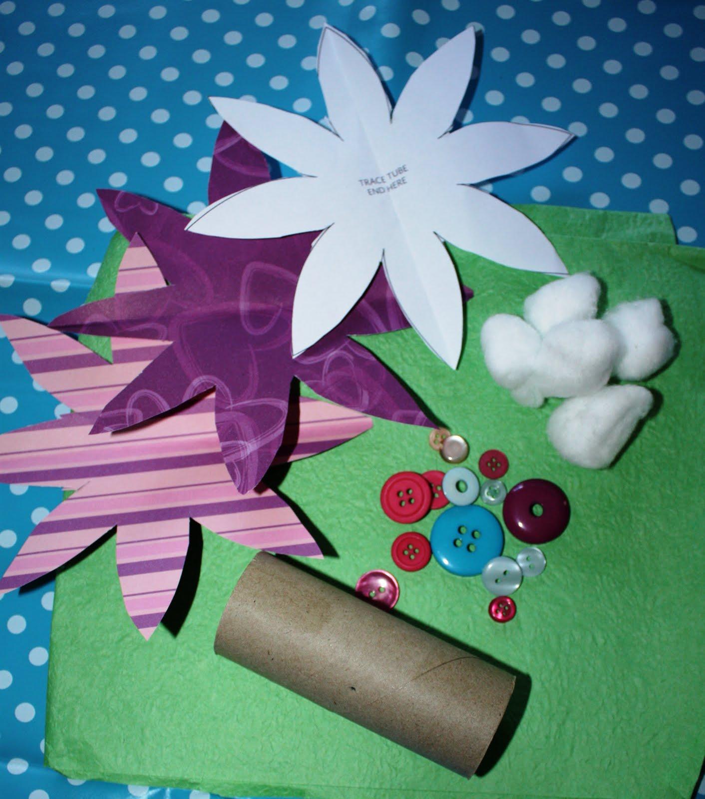 Kids love craft cardboard tube flowers for Cardboard tube flowers