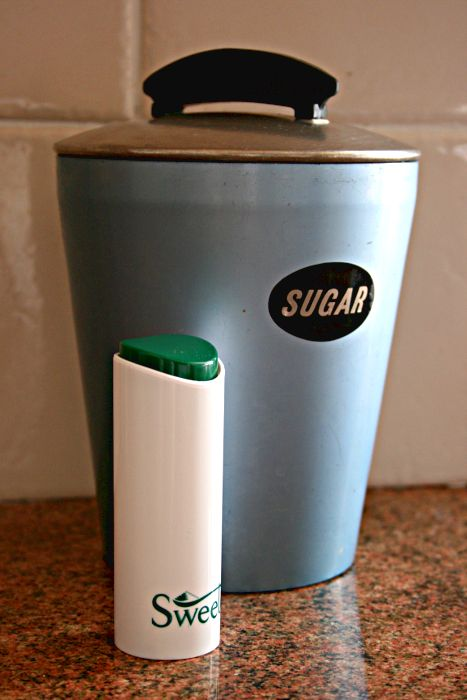 Sugar canister and artificial sweeteners