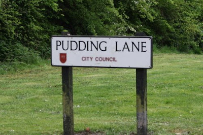 pudding lane sign