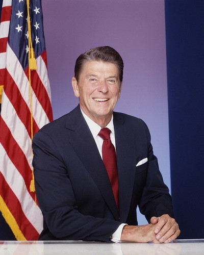 a biography of ronald reagan president of the united states