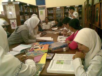 Jam Kunjungan Perpustakaan
