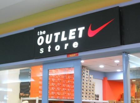 riverbanks mall adidas outlet