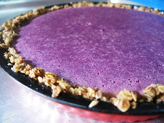 Purple sweet potato pie with easy oats crust from Foodiva