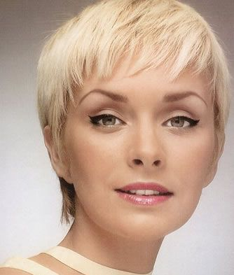 Short Hairstyles Layers. Short Layered Hairstyle