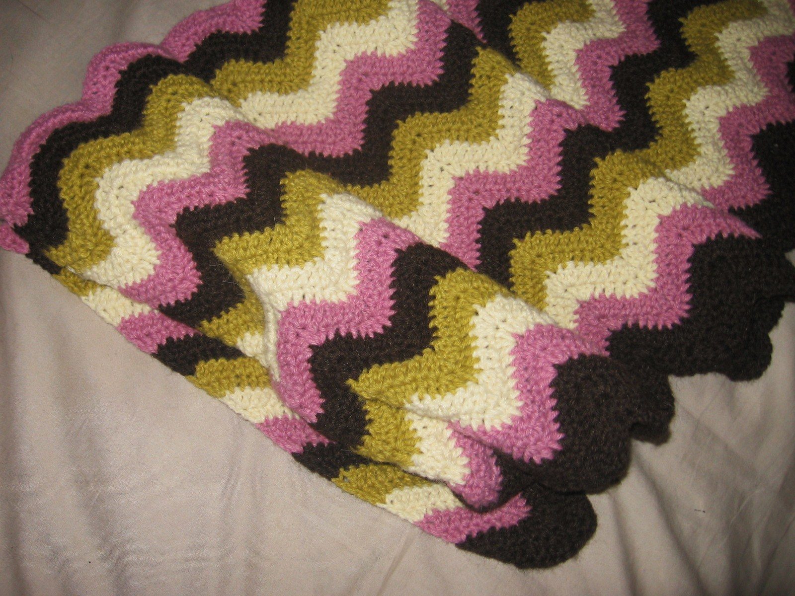 Taller de Crochet Claudia Solari: Manta o piesera a rayas zig-zag ...