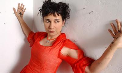 Post Thumbnail of [NOUVEL ARTISTE] Kongfuzi présente CARLA BOZULICH / EVANGELISTA!!