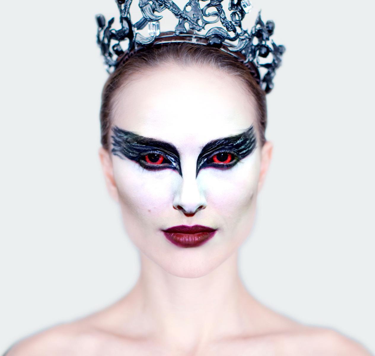 http://2.bp.blogspot.com/_VLabD8ZylGI/TStRJe5GwSI/AAAAAAAAADc/JKBNVDfYtw4/s1600/Black+Swan+1.jpg