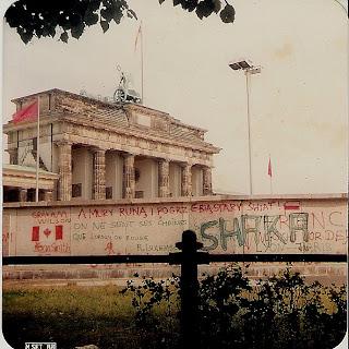 O Muro de Berlim em 1988, foto de Isabella Lychowski
