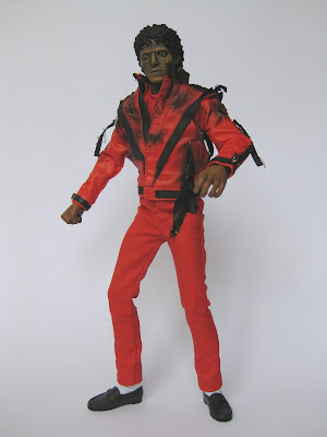 Desmond collection hot toys michael jackson pt 3 for Three jackson toy