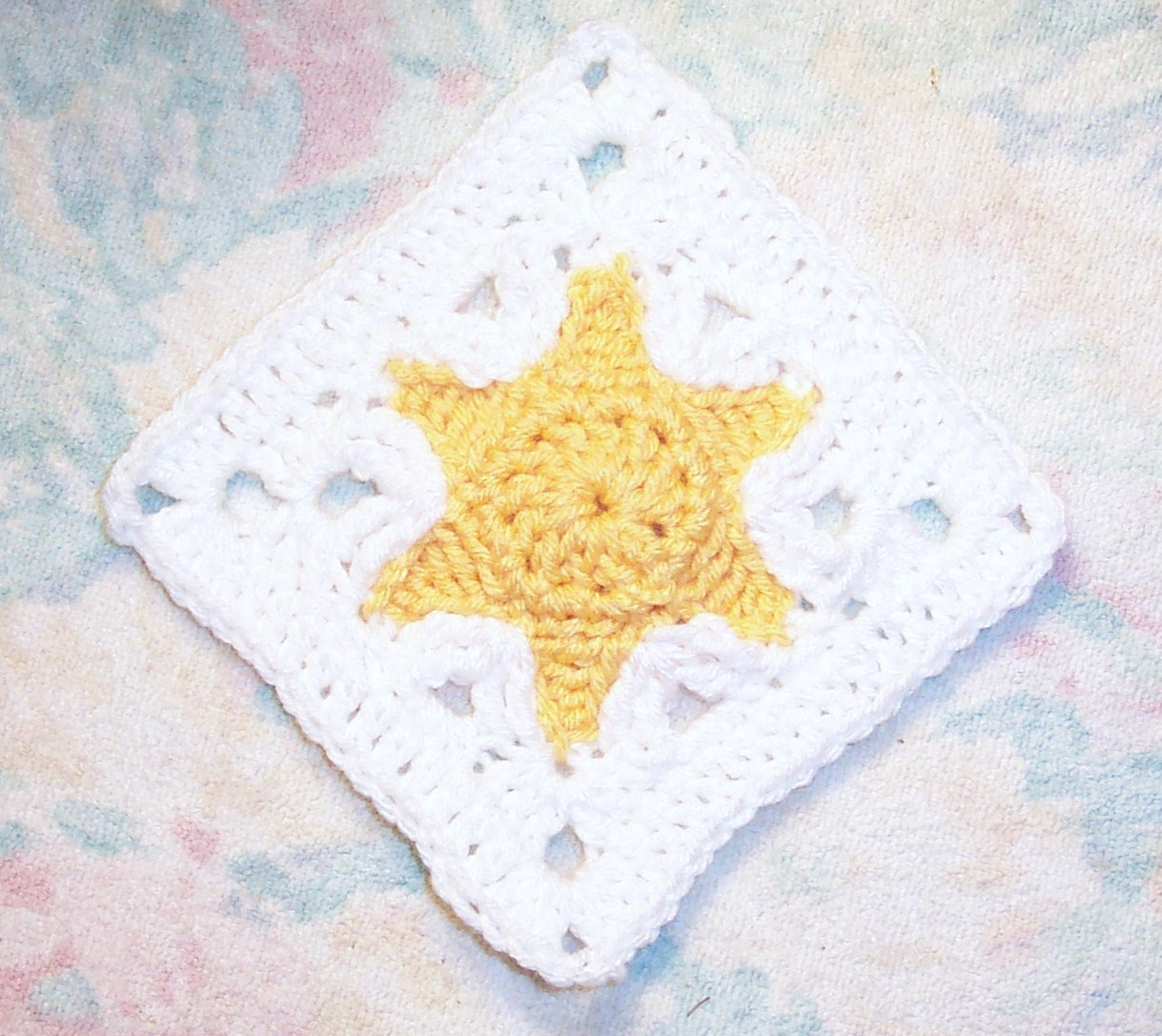SmoothFox Crochet and Knit: SmoothFox\'s Star Fish Square 6x6