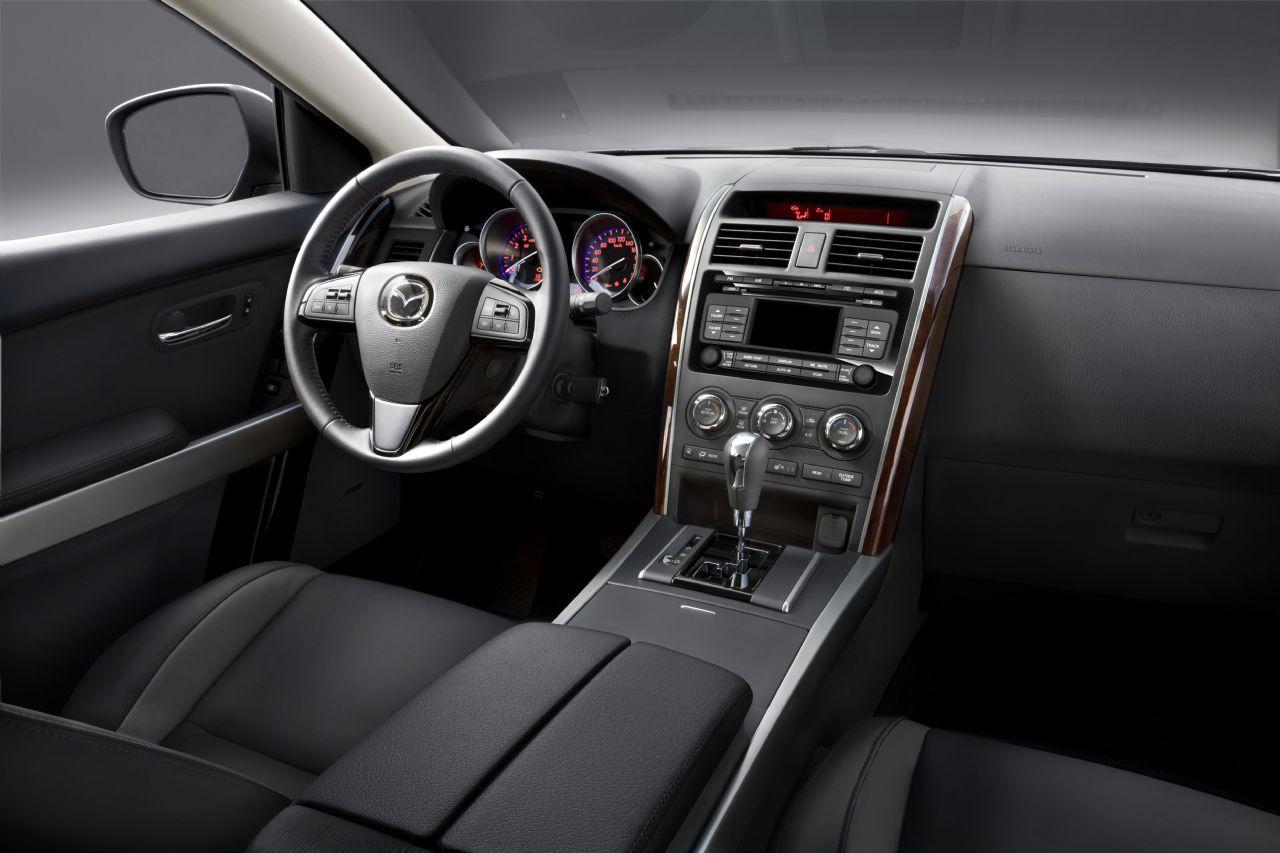 Mazdę CX-9, z roku produkcji 2010, można już zamawiać w