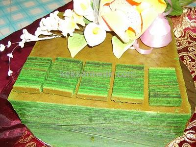 Kek Lapis Evergreen