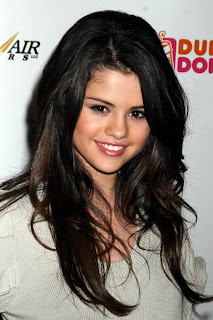 Selena Gomez Wallpapers