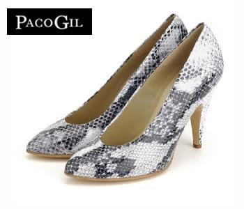 Zapato Salón de tacón con puntera Fina y Estampado Serpiente en blanco y negro - Zapatos Paco Gil - Shoespanish.com