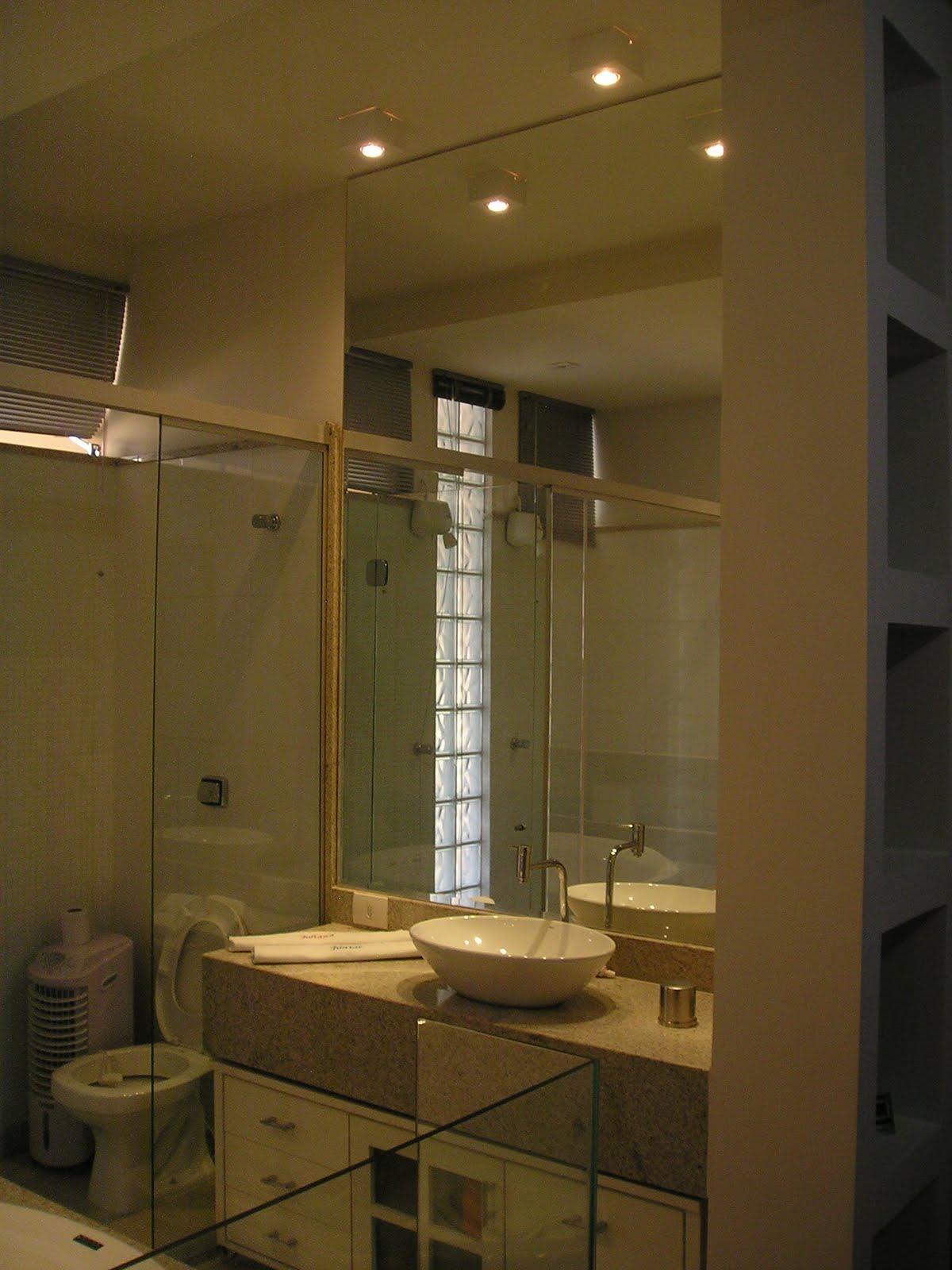 Restauro Decoração Paisagismo: Confira Projeto Banheiro Suite #927339 1200 1600