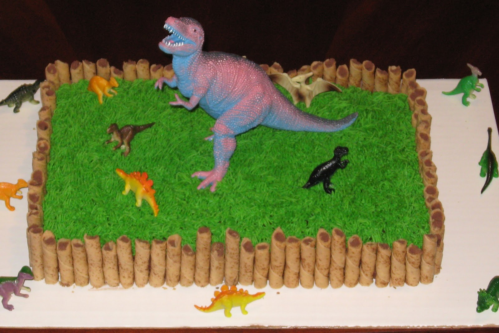 All things sweet dinosaur cake and cupcakes