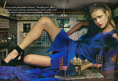 Alice in Wonderland Annie Leibovitz Vogue-1