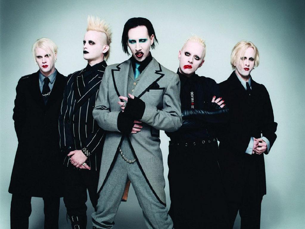 http://2.bp.blogspot.com/_VSTx4ioIYnM/TK_8ENyofWI/AAAAAAAABnU/74Rs1--6EOc/s1600/Marilyn+Manson+003.jpg