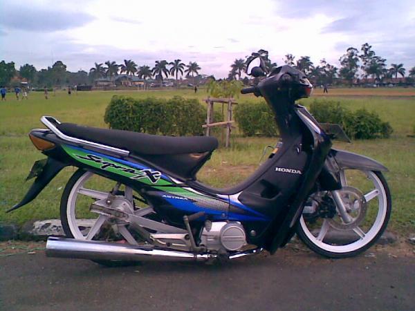 foto vespa gembel tips beli motor ninja 250 seken tangki motor harley