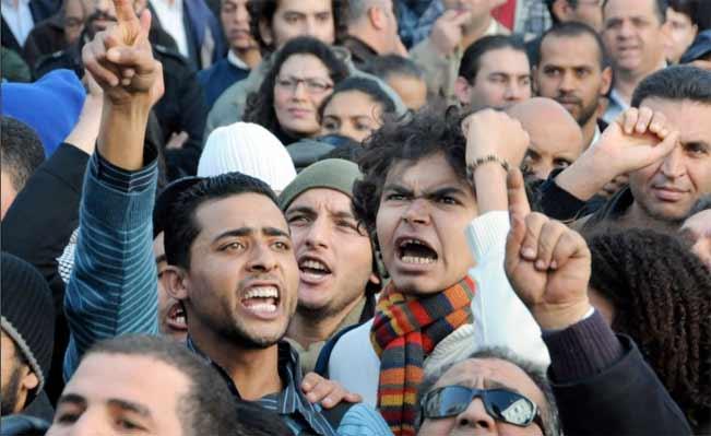 http://2.bp.blogspot.com/_VWLIBi_I-DI/TTCJHQSglKI/AAAAAAAABRk/J0Fg3xJQOME/s1600/tunisia_protests_lg.jpg