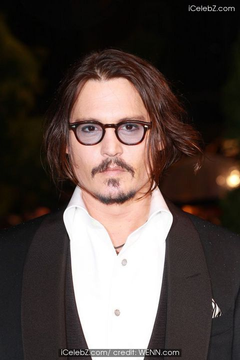 vanessa paradis johnny depp kiss. Jolie and Johnny Depp but