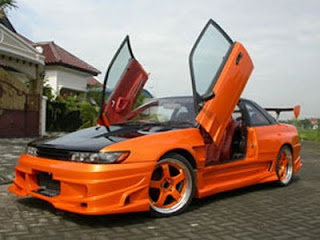 Mazda MX6 Modif With Scissor Door