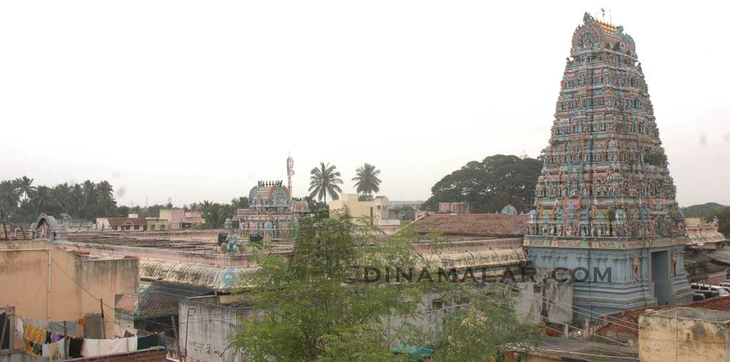 A view of the Adi Kamakshi