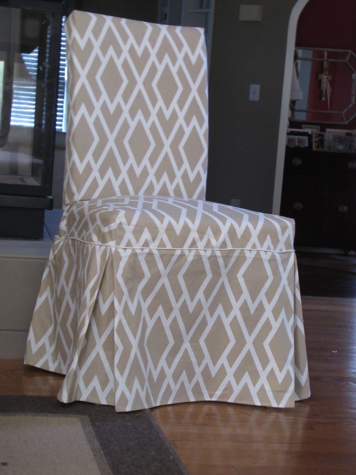 Bibbidi bobbidi beautiful dining chair slipcovers for Dining room chair covers