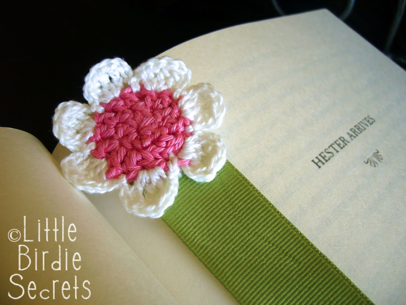 Flower Pattern In Crochet : seven-petal crochet flower pattern Little Birdie Secrets