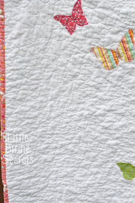Little Bir Secrets: how to free motion quilt - stipple pattern