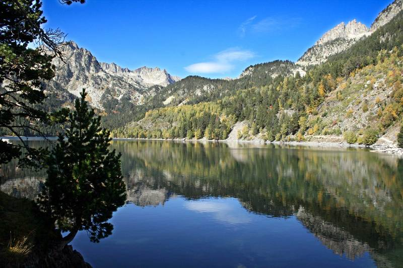 Lauserpritty activitat 4 estany de sant maurici catalunya for Piscines naturals catalunya