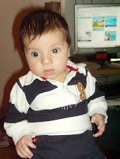 mi nieto lo màs bonito del mundo entero y parte del extranjero.