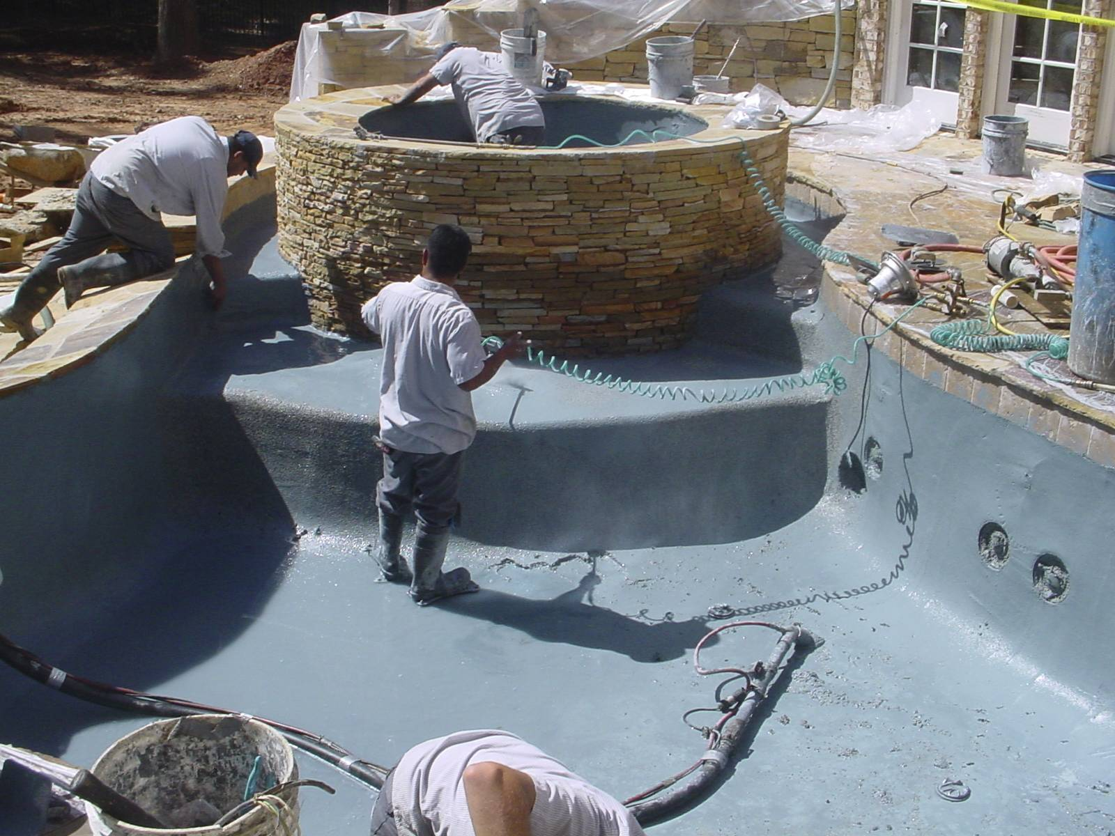 Splash pools north carolina swimming pool resurfacing for Swimming pool resurfacing