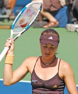 Martina Hingis Sexy Tennis Wallpaper