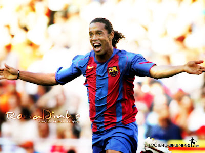 Ronaldinho Top Soccer Player Pictures