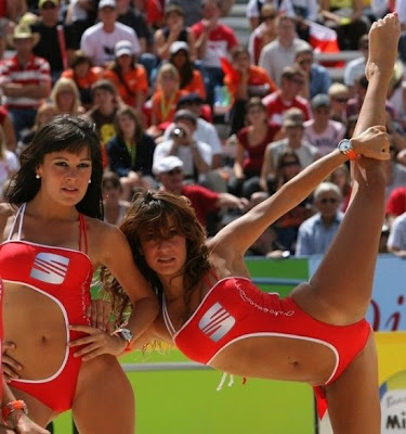 Cheerleader OOP Beach Volleyball