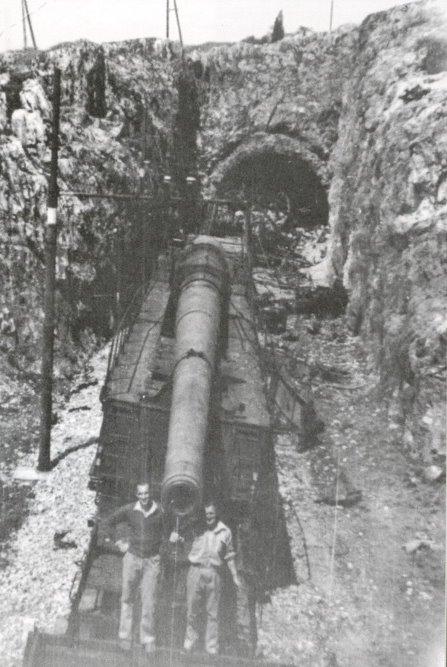Topčina na RI kolodvoru (1945.) K5%2Btúnel%2BHASM