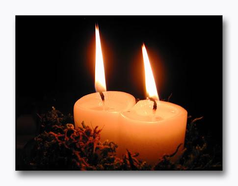 Una fiammella accesa per tutte le persone che soffrono al mondo