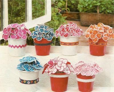Manualidades Macetas con flores hechas a mano