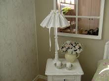 EN SÖT LAMPKJOL