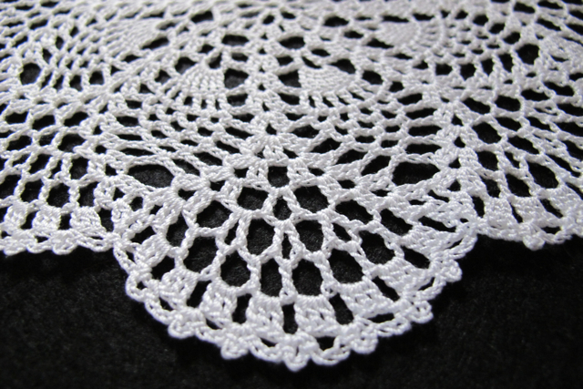 FREE CROCHET PATTERNS SEASPRAY DOILY - Crochet and Knitting Patterns
